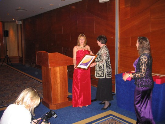 Dr. Virginia Chambers presenting the award